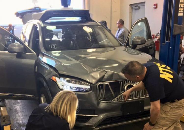 El coche autónomo de Uber que mató a una mujer no activó freno de emergencia en accidente