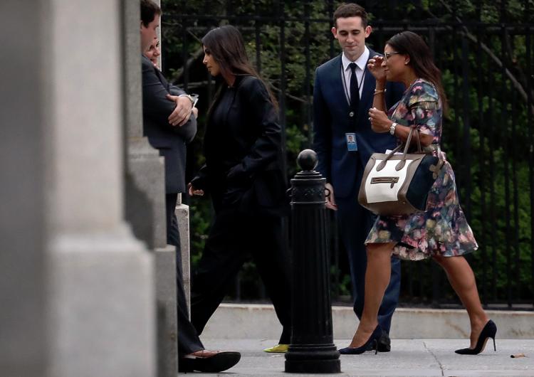 Kim Kardashian visita la Casa Blanca y tiene reunión con equipo de Trump