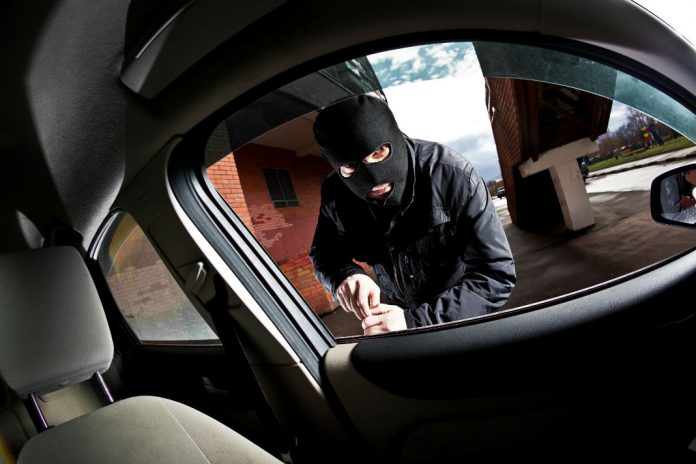 Crece robo de autos en Nuevo León; décimo estado con más hurtos violentos: AMIS