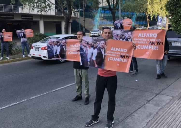 Protestan contra alianza entre Ricardo Anaya y Enrique Alfaro en Jalisco