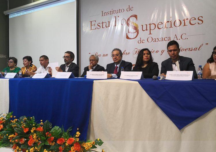 Forman unidad de investigación periodística universitaria en Oaxaca
