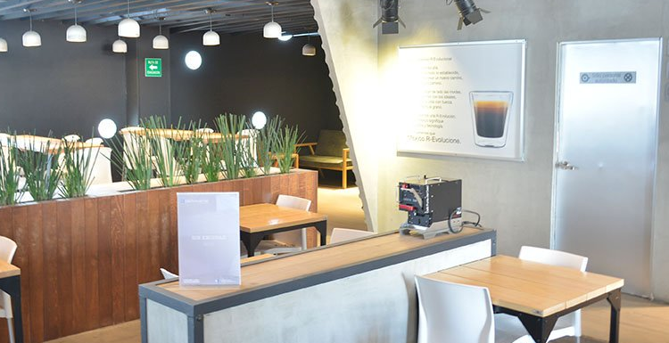 Pide CEDHNL a empresa cafetera evite normalizar violencia contra niños en anuncios