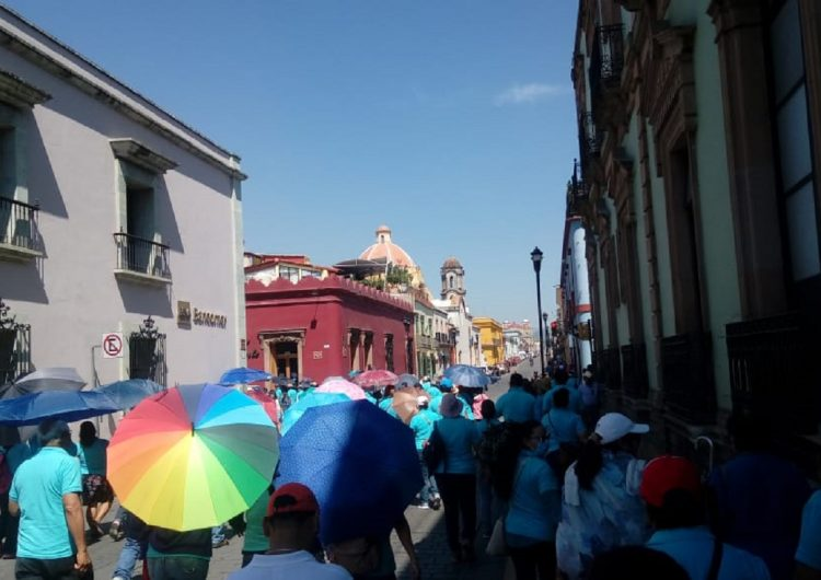 Paran Colegios de Bachilleres en Oaxaca; 35 mil alumnos sin clases