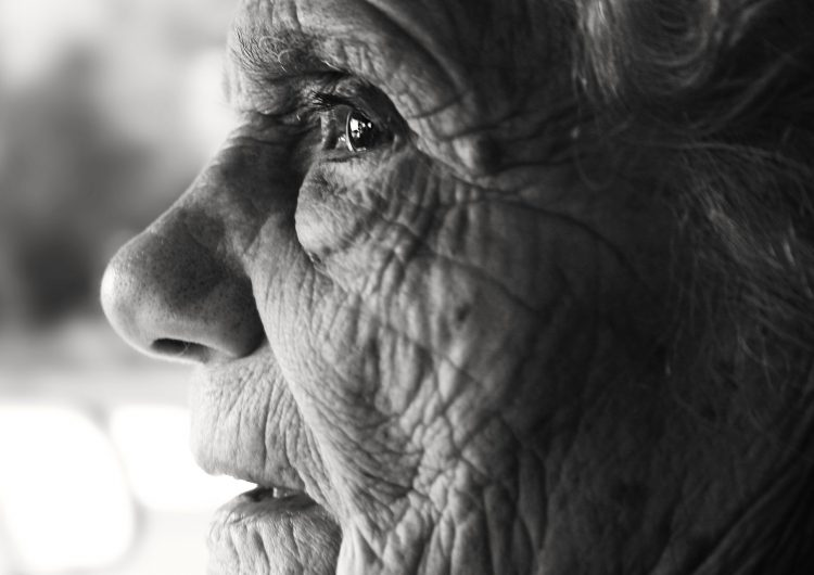 Adultos mayores, los más afectados por negligencias médicas