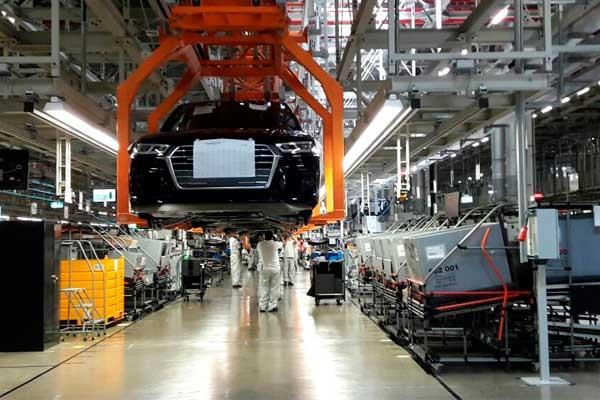 Celebra planta de Audi de San José Chiapa un lustro en México
