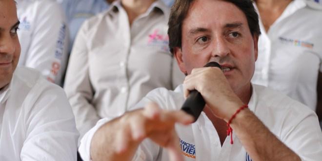 """""""¡No lo hagan!"""", sugiere Francisco Xavier a artistas sobre la política"""