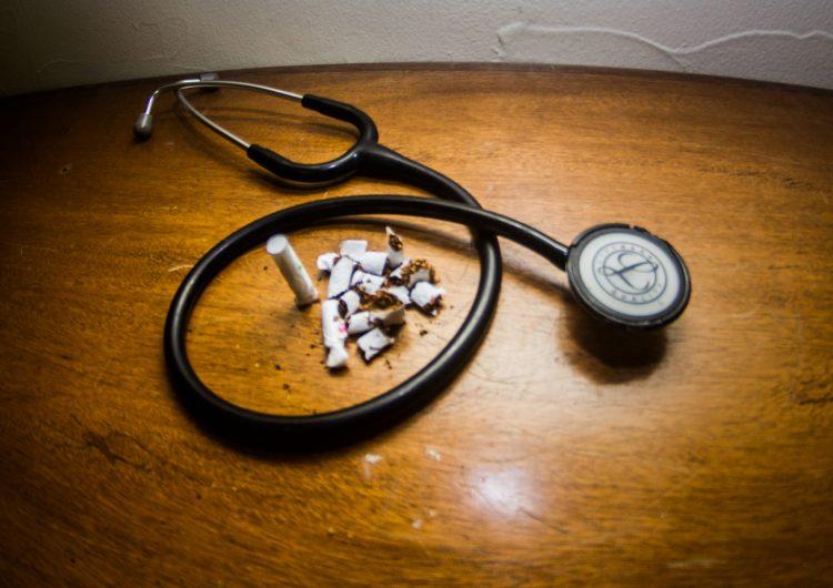 Aumentan enfermedades relacionadas al tabaquismo entre jóvenes: especialista