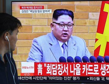 Corea del Norte libera a tres prisioneros estadounidenses tras acercamiento de Trump