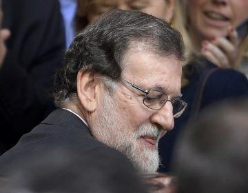 Parlamento cesa a Mariano Rajoy del gobierno español, nombra a Pedro Sánchez