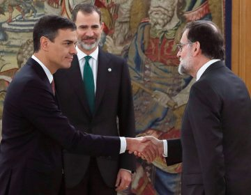 Pedro Sánchez asume como nuevo presidente del gobierno español, ¿a qué se enfrenta?
