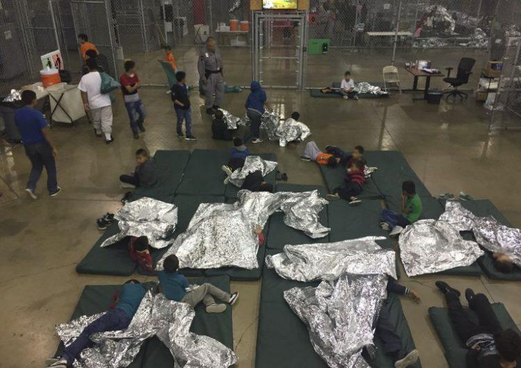 EE.UU. ha deportado a sus países de origen a cientos de padres sin sus hijos