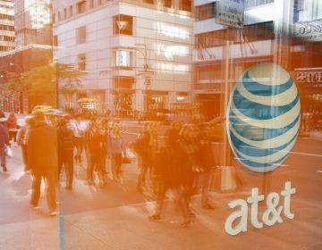 Revés a Trump: Juez autoriza la fusión de AT&T y Warner pese a bloqueo presidencial