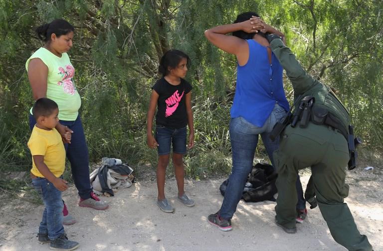 Trump pide a republicanos posponer debate migratorio