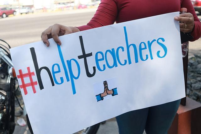 """Reprueba SNTE manifestación de """"teachers"""""""