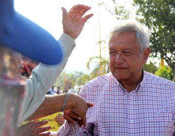 Esto costarían las propuestas de López Obrador para adultos mayores, jóvenes y personas con discapacidad