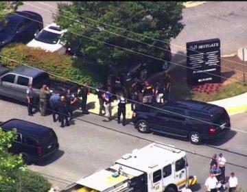 Hombre ataca las instalaciones de un periódico cerca de Washington; deja a 5 muertos y varios lesionados