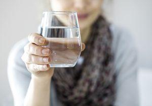 Los beneficios del agua alcalina para tu cuerpo