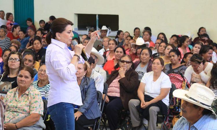 Presenta Lorena Martínez decálogo de propuestas al Senado