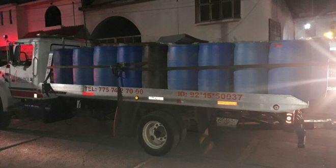 Aseguran 6 mil 605 litros de huachicol dentro de un inmueble