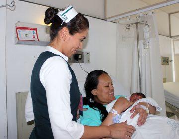 Nacen cuatrillizos en Monterrey; hospital lidera nacimientos múltiples en México con 90 casos