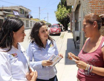 Escucha Martha Márquez necesidades de colonias del oriente de Ags.