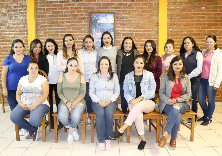 Refrenda Martha Márquez su compromiso para legislar a favor de las mujeres