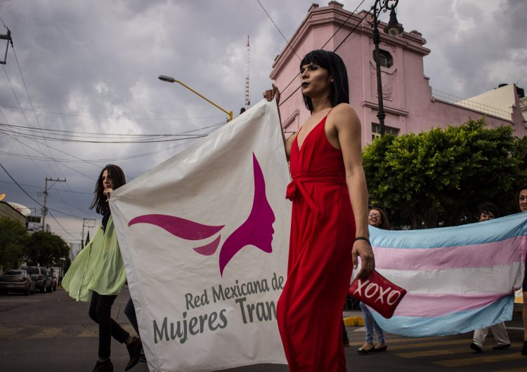 Inviable investigar como feminicidio homicidio de mujer trans: Fiscalía