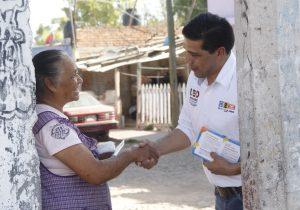 Propone Leo Montañez ofrecer créditos accesibles a quienes trabajan en casa