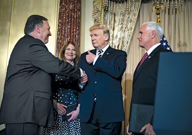 Misión crítica: cómo los servicios de inteligencia de EE.UU. 'vigilan' a Trump