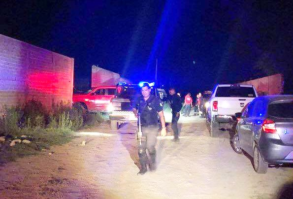 Reporta Forense de Jalisco ocho cuerpos extraídos de fosa localizada en El Salto