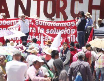 Tras prometer votos, llama PRI a atender a antorchistas