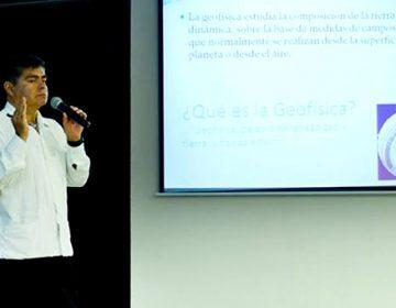 Volcanes de Guatemala y de Hawaii no alteran al Popocatépetl