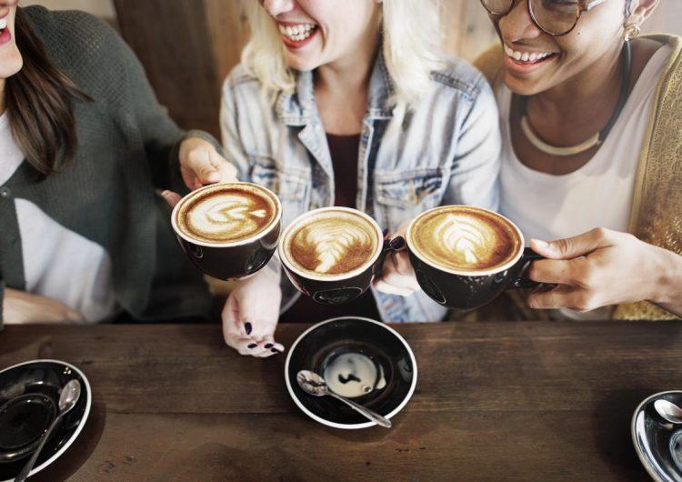Cuatro tazas de café al día ¿ayudan a la salud de tu corazón?