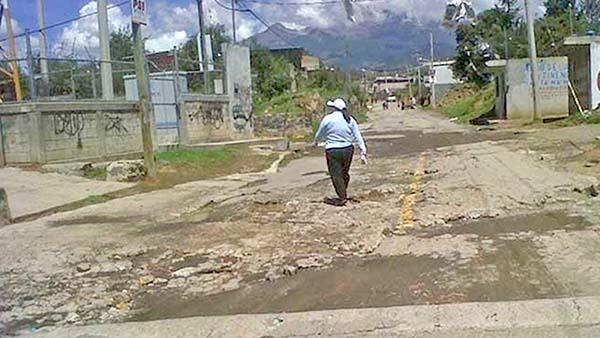 Rutas de evacuación del Popocatépetl con baches