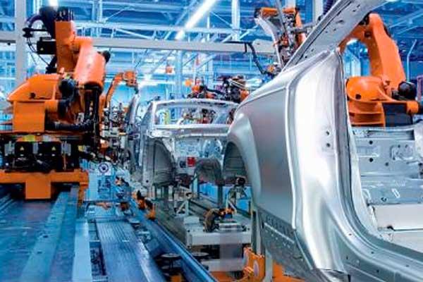 VW dejará de producir cinco días el Golf