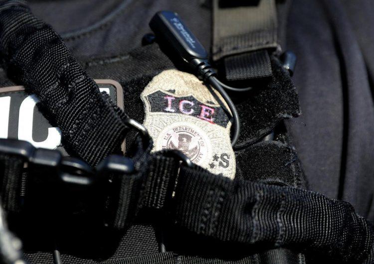 El ICE detiene a migrante repartidor que llevó una pizza a base militar en EE. UU.