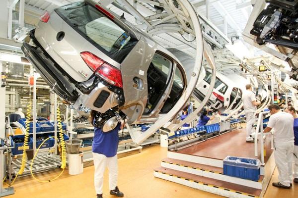 Repunta 5.9% producción de VW en mayo