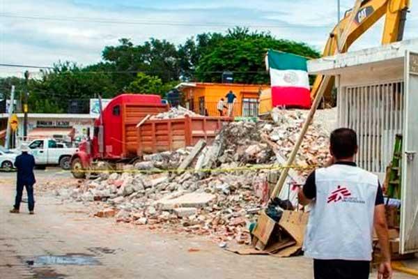 Construyen dos centros de salud afectados por sismo