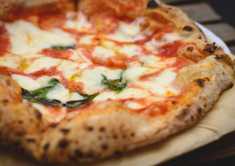 ¿Por qué nos resultan irresistibles las donas y pizzas? Culpa a la evolución de tu cerebro