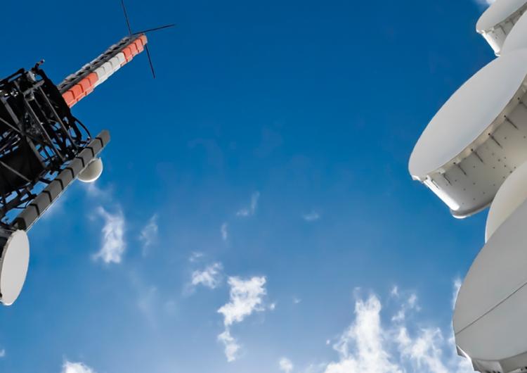 NL da a SCT 282 inmuebles para instalar torres y antenas de la Red Compartida