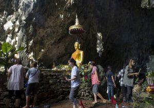 Rescate de niños en Tailandia se complica: menos oxígeno en la cueva y un buzo muerto