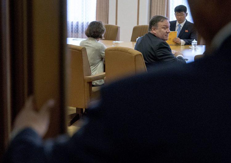 """Mientras EEUU asegura reunión productiva con Corea del Norte, su contraparte los considera """"codiciosos"""""""