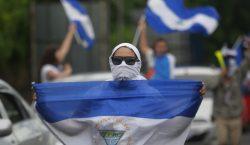 Ortega se aferra al poder mientras crece la presión internacional…