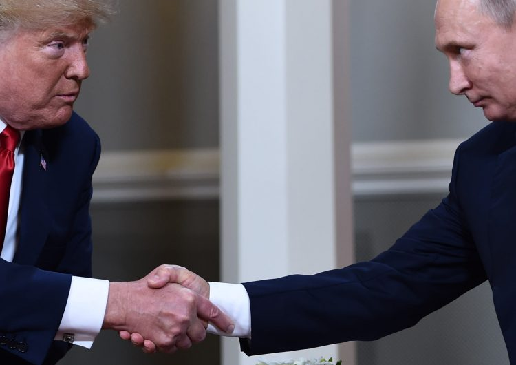 """Sin importar las críticas, Trump invita a Putin a Washington para """"continuar el diálogo"""""""