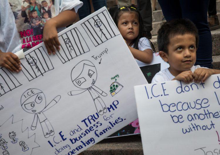 Se acabó el tiempo de Trump: 700 menores siguen separados de sus familias