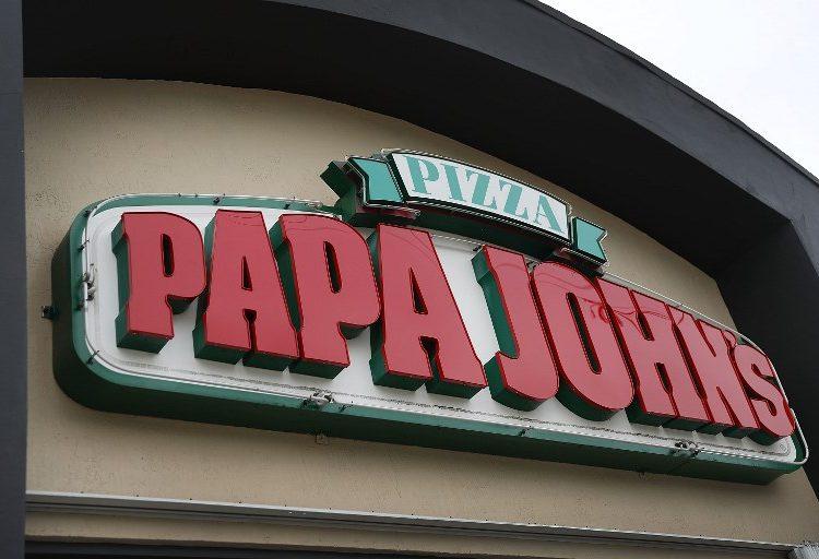 renuncia-papa-john-racista