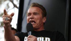 """Arnold Schwarzenegger llama a Trump """" fideo mojado """" y…"""