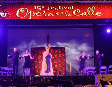 Reúne a 15 mil personas Ópera en la Calle
