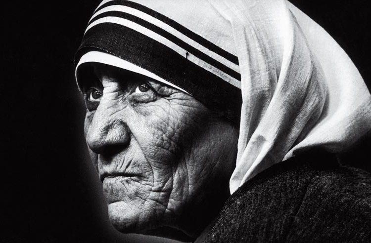 Centros de Madre Teresa son investigados por tráfico de bebés