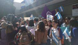 Ciudadanos protestan en embajada de Nicaragua en México contra Ortega